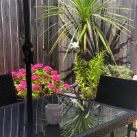 Sun Terrace Lodge Weybridge