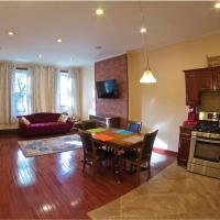 Charming 2 bedroom apartment in Brooklyn, hotel in Bushwick, Brooklyn