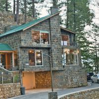 Blue Pine Mountain Serviced Residences, hotel in Khaira Gali