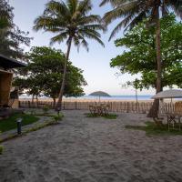 Buena Vida Beach Resort, hotel in Morjim