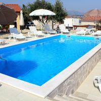 Seaside apartments with a swimming pool Posedarje, Novigrad - 6162