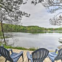 Quiet Retreat on Lake with Kayaks, Boats, Bikes!, hotel in Wautoma