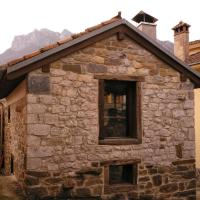 Casita Rural Arrobio 19, hotel in Caso