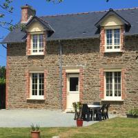 Charmante maison calme entre terre et mer, hôtel à Pleurtuit près de: Aéroport Dinard Bretagne - DNR