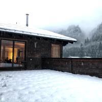 Mondschein's Hostel
