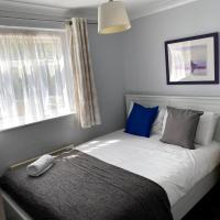 Chelsea Garden -Huku Kwetu- Dunstable - Spacious 5 Bedroom House -L&D Hospital - London -M1- Airport -Group Accommodation up to 9 People