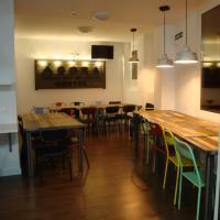 Agora Hostel, hotel en Estella