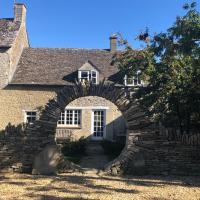 Moor Farm Cottage, hotel in Fairford