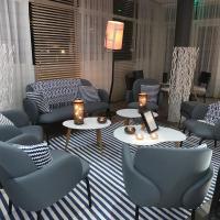 Kyriad Prestige Vannes Centre-Palais des Arts, hotel in Vannes