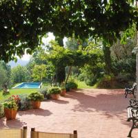 Castagnori Villa Sleeps 7 WiFi, hotell i Monsagrati