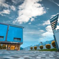 Athirappilly Rainland Resort, hotel in Athirappilly