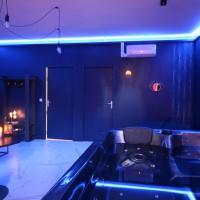 Suite Blue Jacuzzi