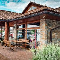 Tri Duby Golf Penzión, hotel in Sliač