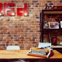 Club Hostel RED