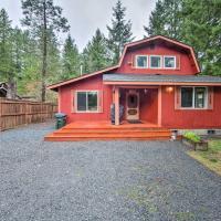 Cozy Ashford Home - 5 Mi to Rainier Natl Park!
