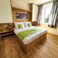 Life Hostel Slovenia, hotel in Radovljica
