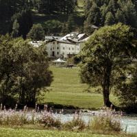 Chesa Stuva Colani, hotel in Madulain