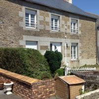 Maison située à 6 kms du Mont Saint Michel, hotel in Tanis