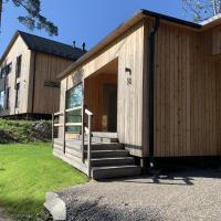 Peaceful Scandinavian tiny house near airport, hotel near Helsinki-Vantaa Airport - HEL, Vantaa