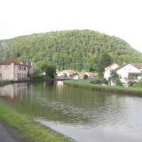 Gîte du canal, hotel in Lutzelbourg