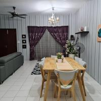 Quiet, very comfortable 4 bd house in Puncak Alam