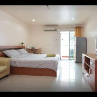 Comfy room near Bts Bangna, free wifi, Netflix, Pool, Gym