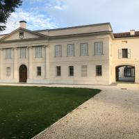 Villa Cantoni Marca, hotel in Sabbioneta