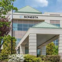 Sonesta Hamilton Park Hotel & Conference Center