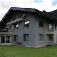 Ferienwohnung für 5 Personen in Cumpadials, inmitten der Surselva