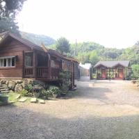 Jin Zu Cottage
