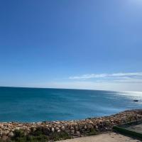 1era linea de playa Cullera MARENYET Apartamento con acceso directo al mar 8 plazas, hotel en Cullera
