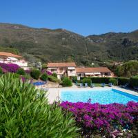 Locazione Turistica Cala Rossa-1, hotel a Nisporto