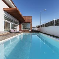 Villa Compo Deluxe - Luxury 4 Bedroom Villa - Short Drive from Beach of Comporta - Perfect for Famil
