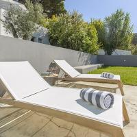 Villa Curvis Azul - Luxury Beach Villa with Garden - Private Heated Pool - Table Tennis