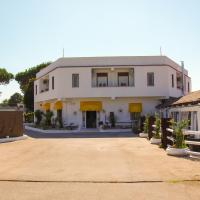 Hotel Exagon Flower, hotell i Castel Volturno