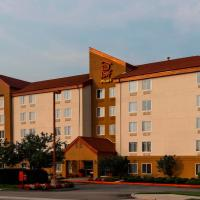 Red Roof Inn PLUS+ Long Island - Garden City