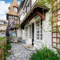 Beautiful Apartment in Isigny-sur-Mer with Private Terrace