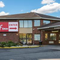 Red Roof Inn Rochester - Airport, hotel near Greater Rochester International Airport - ROC, Rochester