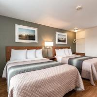 HomeTowne Studios by Red Roof Fresno - West, hotel in Fresno