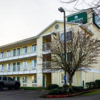 HomeTowne Studios by Red Roof Salem, OR, hotel in Salem