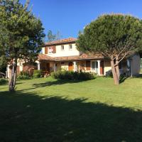 House with 4 bedrooms in Saint Cyr sur le Rhone with wonderful mountain view enclosed garden and WiFi