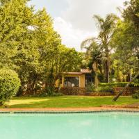 Sunny Villa In The Heart Of Menlyn @ 12 Clair Road