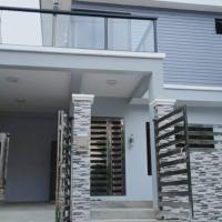 Brand new luxury 3 bedroom and 3 bathroom house in a quiet subdivision
