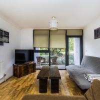 Pass the Keys - Spacious Balcony Apartment with Free Parking by Greenwich