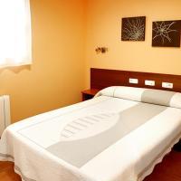 Alojamiento Numancia Pensión, hotel cerca de Aeropuerto de Burgos - RGS, Burgos