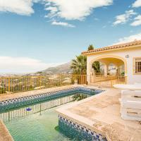Delightful Holiday Home in Callosa d' Ensarria with Pool, hotel in Callosa d'en Sarrià