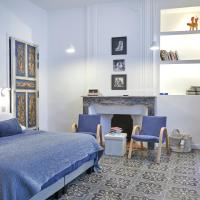 Luxurious Art Apartment