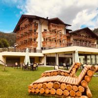 Wellness Hotel Dolomia, hotel in Soraga