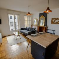 Grand F2 refait à neuf, Plein coeur Centre Ville – hotel w mieście Coutances
