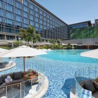 Hilton Manila (Staycation Approved): Manila şehrinde bir otel